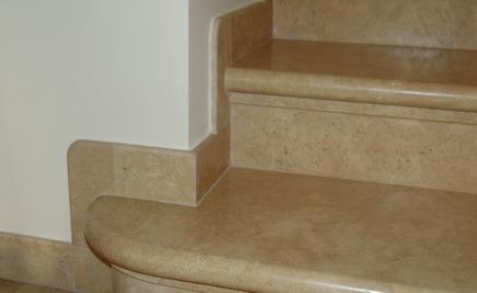 Sockelleisten - Sockelleisten im Treppenbereich