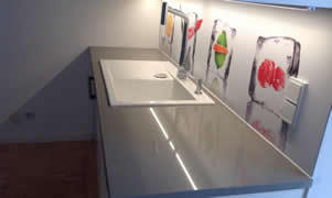 Heat resistant kitchen back wall