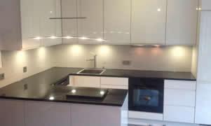 Küchenrückwand - Glänzende Küchenrückwand